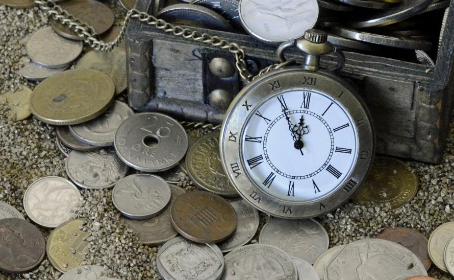 pocket-watch-1637393_1920.jpg